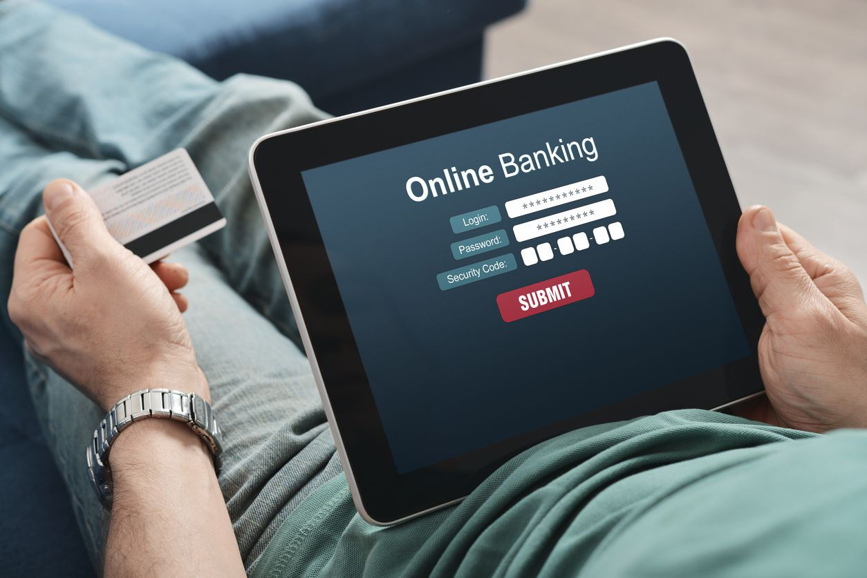 A Brief Guide to Online and Mobile Banking